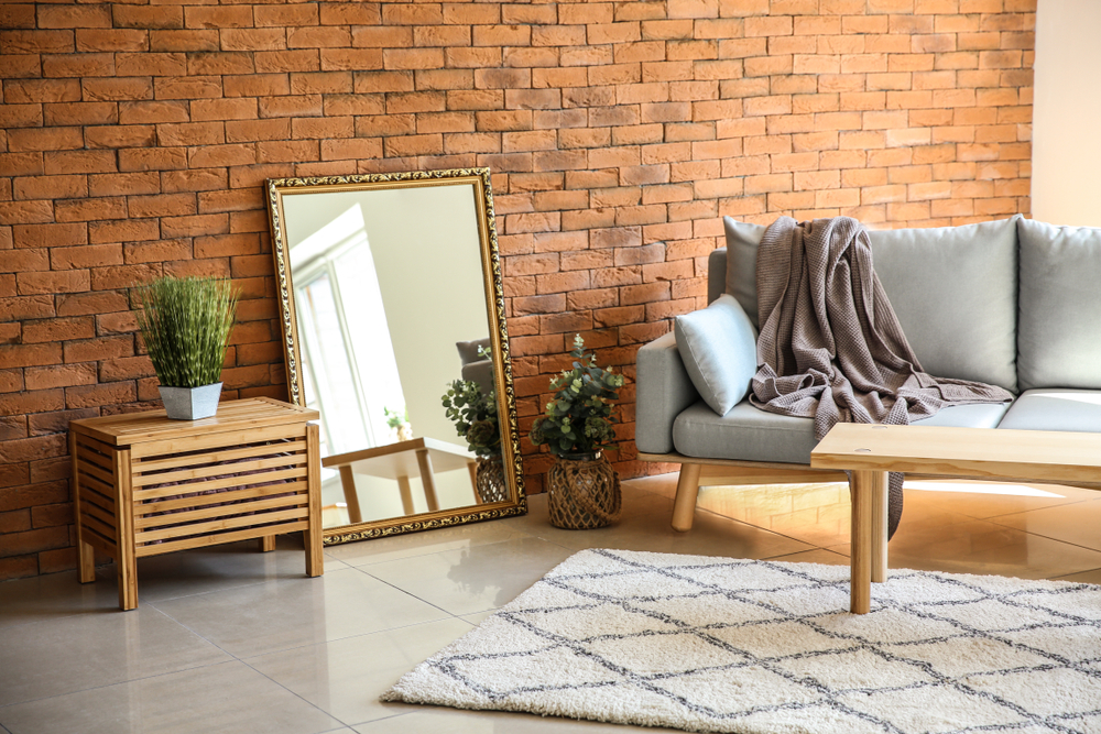 Co charakteryzuje dobre lustro w domu? Sprawdź!
