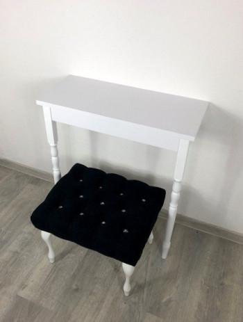 Konsola biała w zestawie z ławeczką czarną z kryształkami
