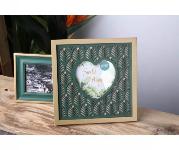 Ramka na zdjęcia drewniana kwadratowa z sercem kolekcja Urban Jungle