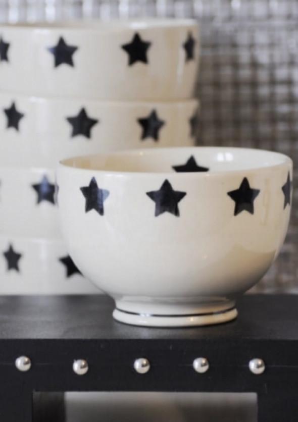 Miseczka w czarne gwiazdy - ceramika Bolesławiec (wzór1)