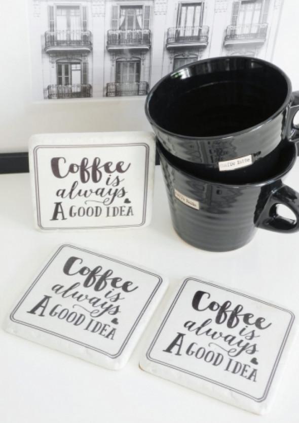 Podkładka pod kubki z napisami COFFEE (1 szt)