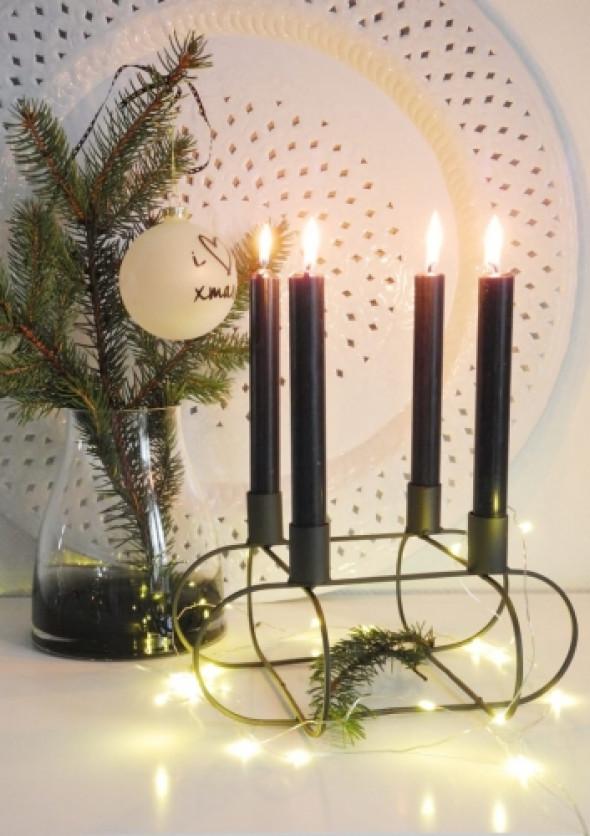 Świecznik metalowy czarny na cztery świece BLACK