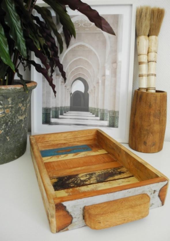 Taca z kolorowego drewna z odzysku INA