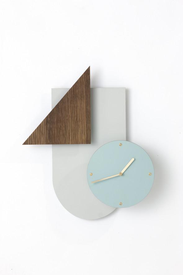 Skandynawski zegar ścienny Wall Wonder różowy