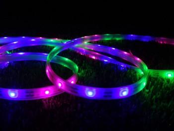 Boa LED pasek solarny RGB