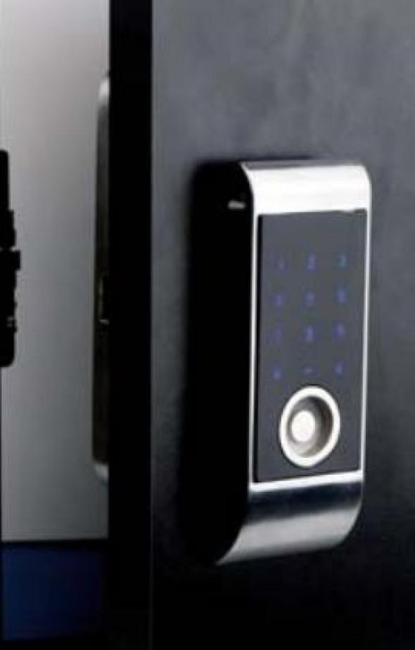 Elektroniczny zamek szyfrowy na kod i opaski